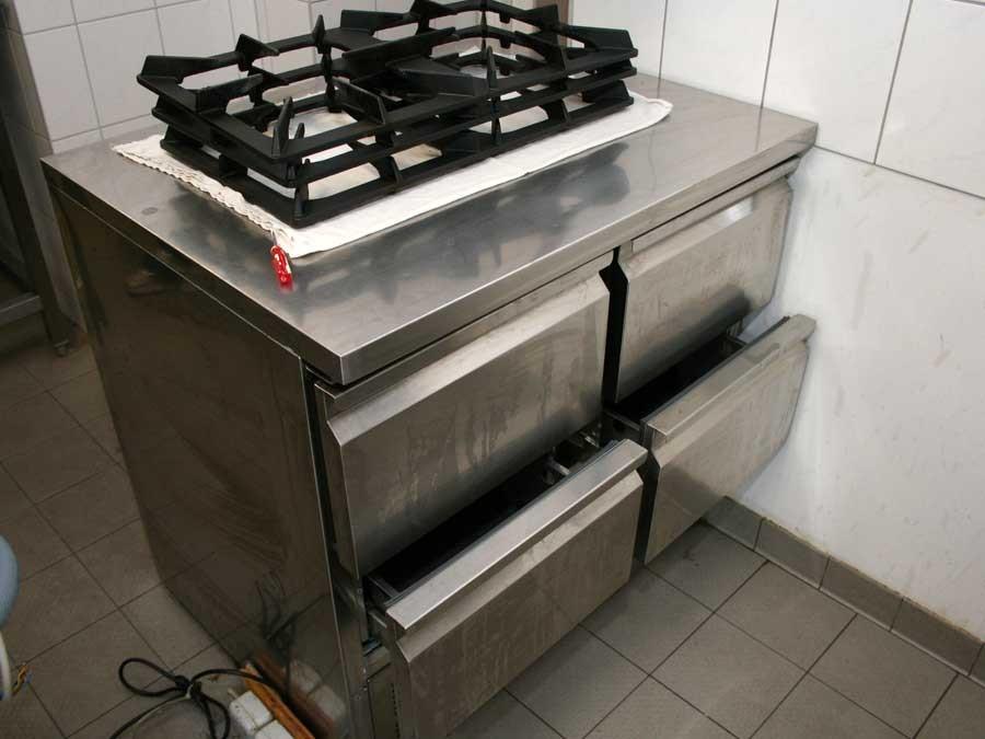 gastronomieausstattung gebraucht mit biertresen bestuhlung. Black Bedroom Furniture Sets. Home Design Ideas