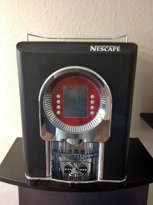 Nestlé Nescafé Cino XS Grande Lioness Gewerbe Kaffeemaschine -> Kaffeemaschine Gewerbe