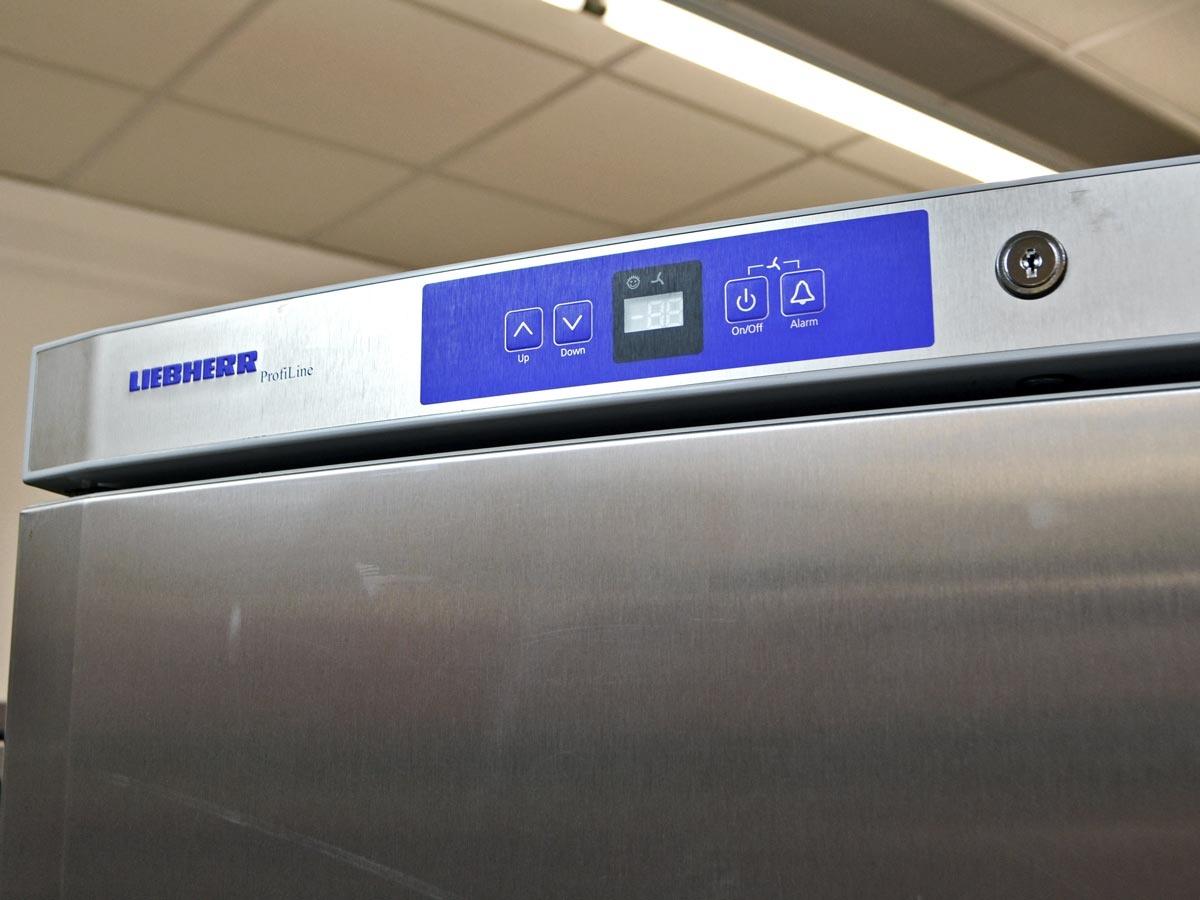 Fantastisch Kühlschrank Liebherr Gebraucht Galerie - Die besten ...